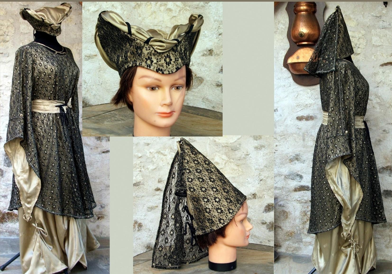 Robe médiévale et ses chapeaux